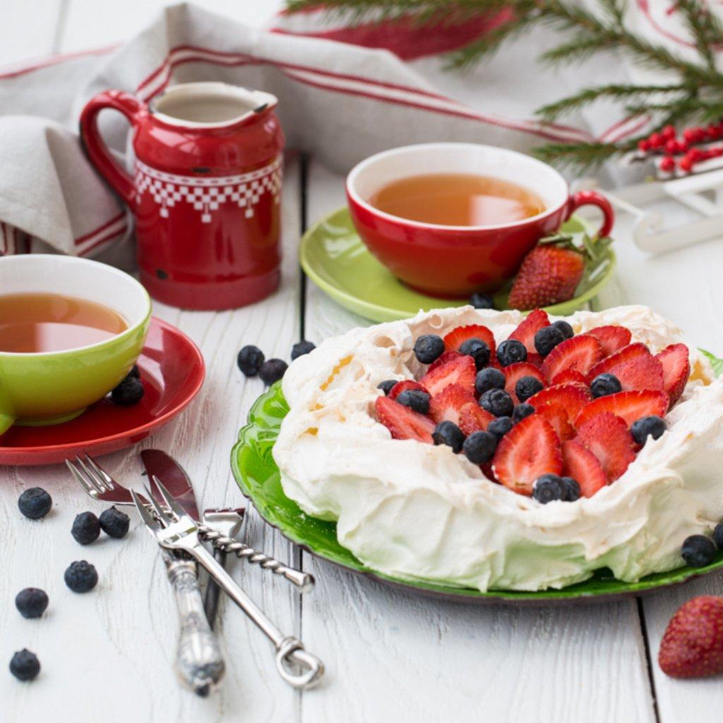 Картинка чаепития с тортиком