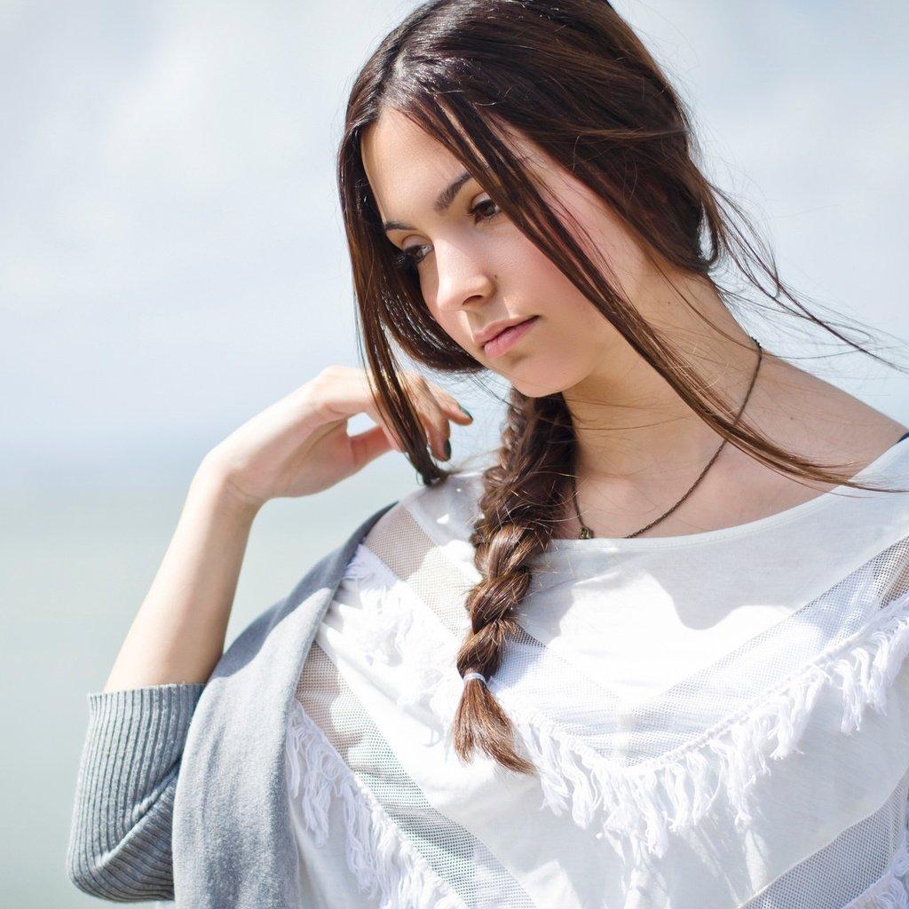 Девушка в альпах с косой — photo 5