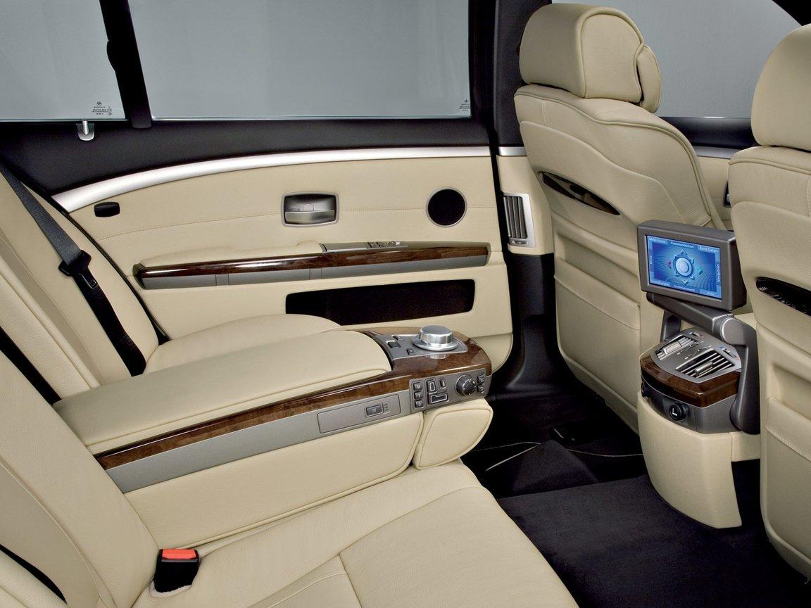 Bmw 7 series 2009 rear seats загрузить