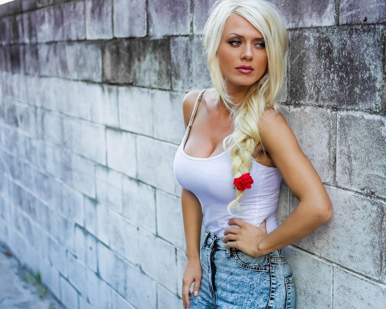 zrelie-zhenshini-blondinki