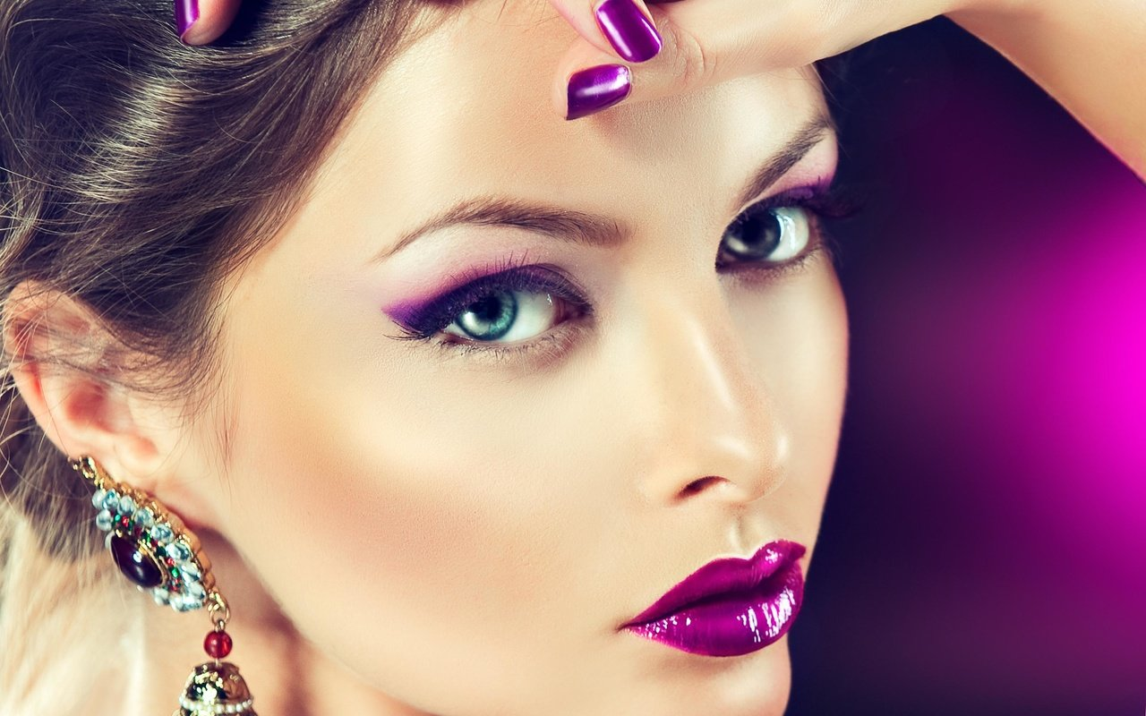 Загрузить фото на макияж
