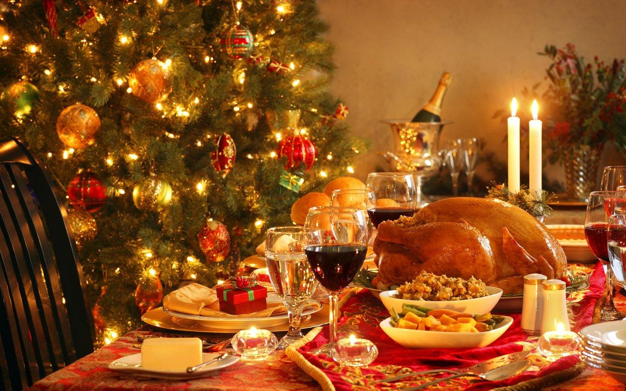 Картинки стол с едой новый год