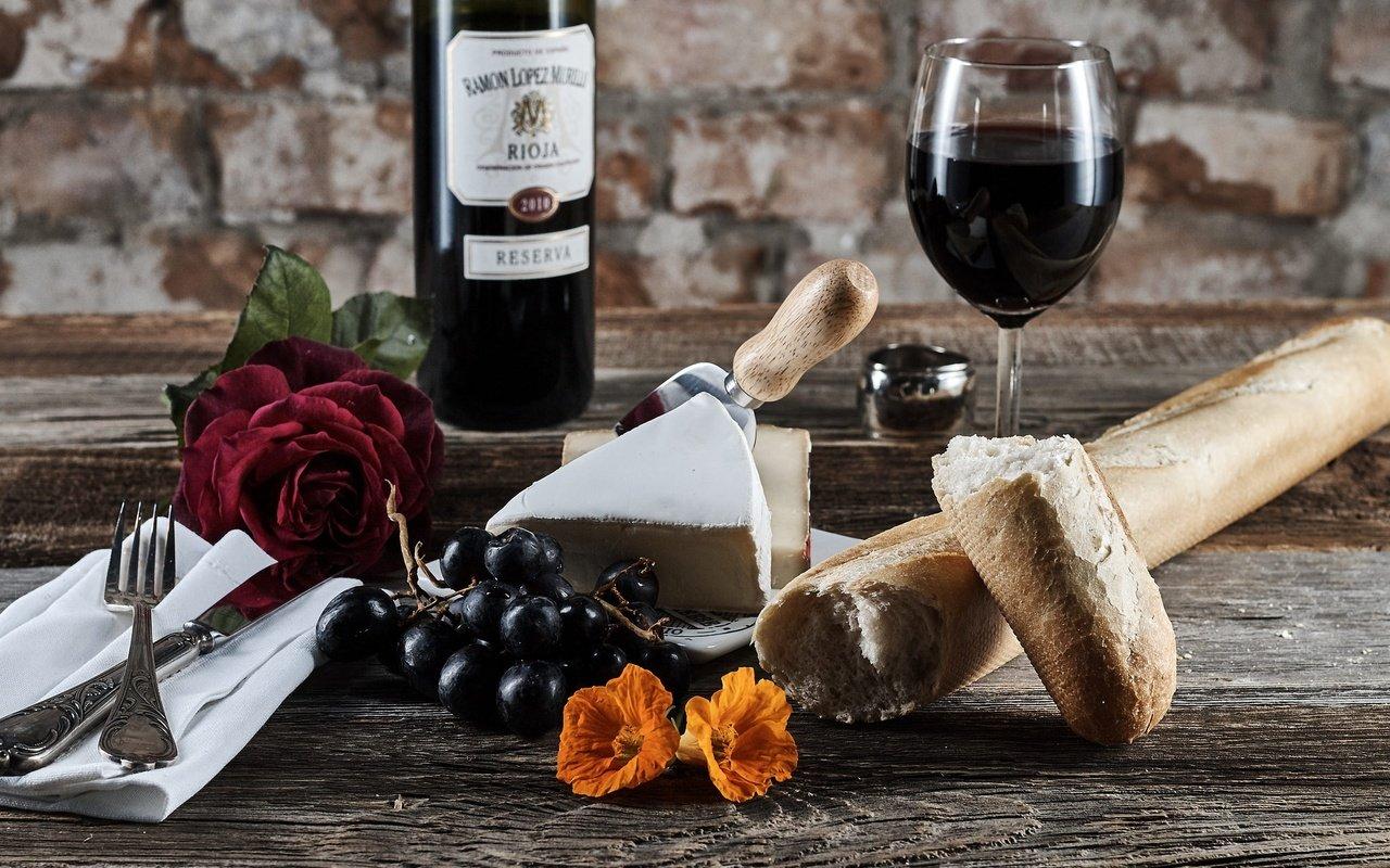 Обои вино, wine, виноград, Grapes, сыр, бутылка, красное, cheese. Еда foto 14