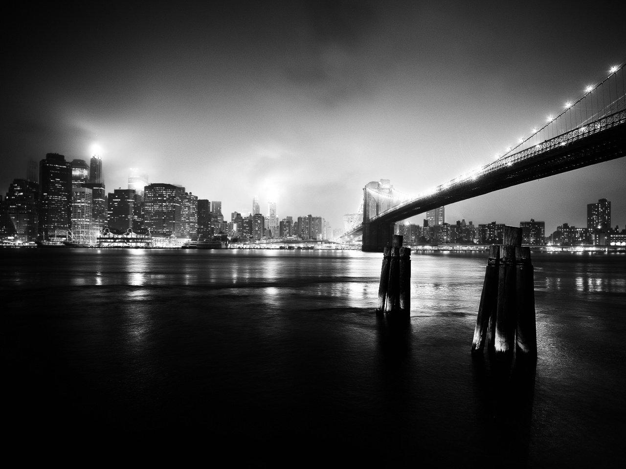 уверен, фото очень высокого разрешения город черно красный продолжение темы портретной