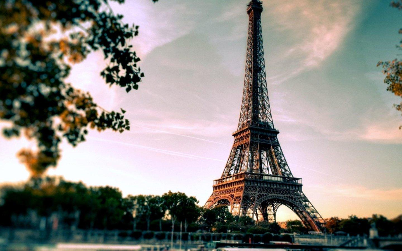 Париж - город любви и искусства.