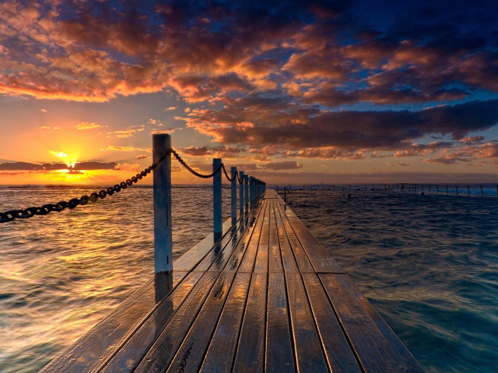 мост закат озеро небо скачать
