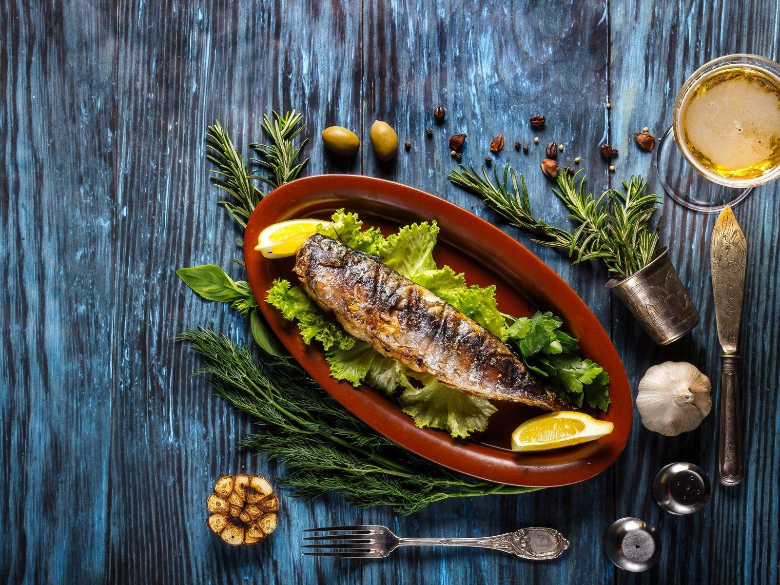 Вино и рыба в пост