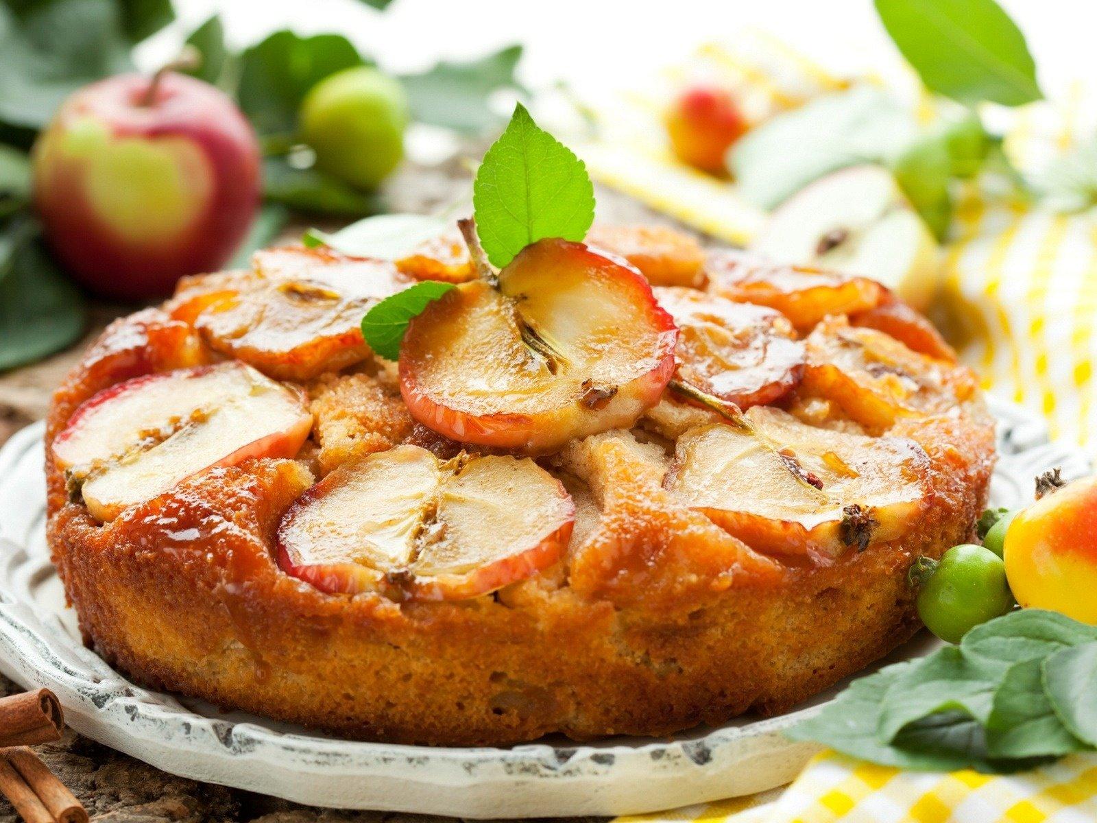 Шарлотка с яблоками в духовке: 6 рецептов пышной шарлотки 89