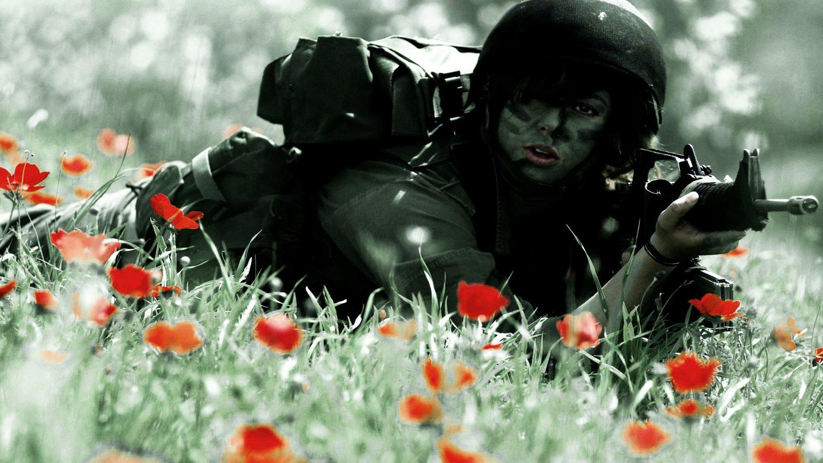Солдаты с девушками фото