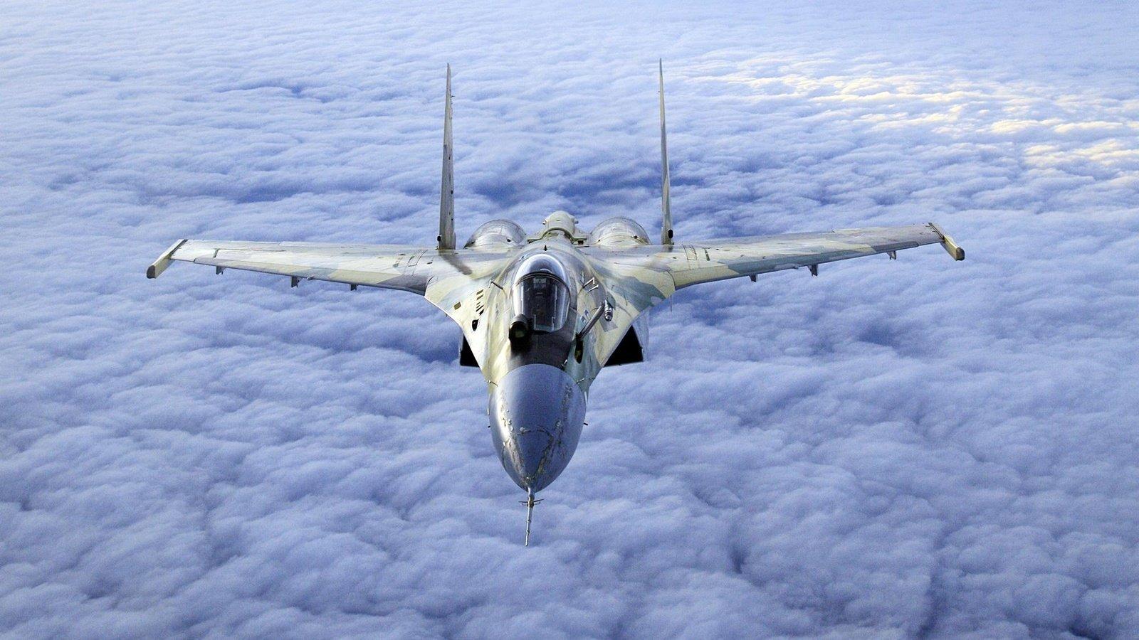Обои Облака, полет, истребители. Авиация foto 13