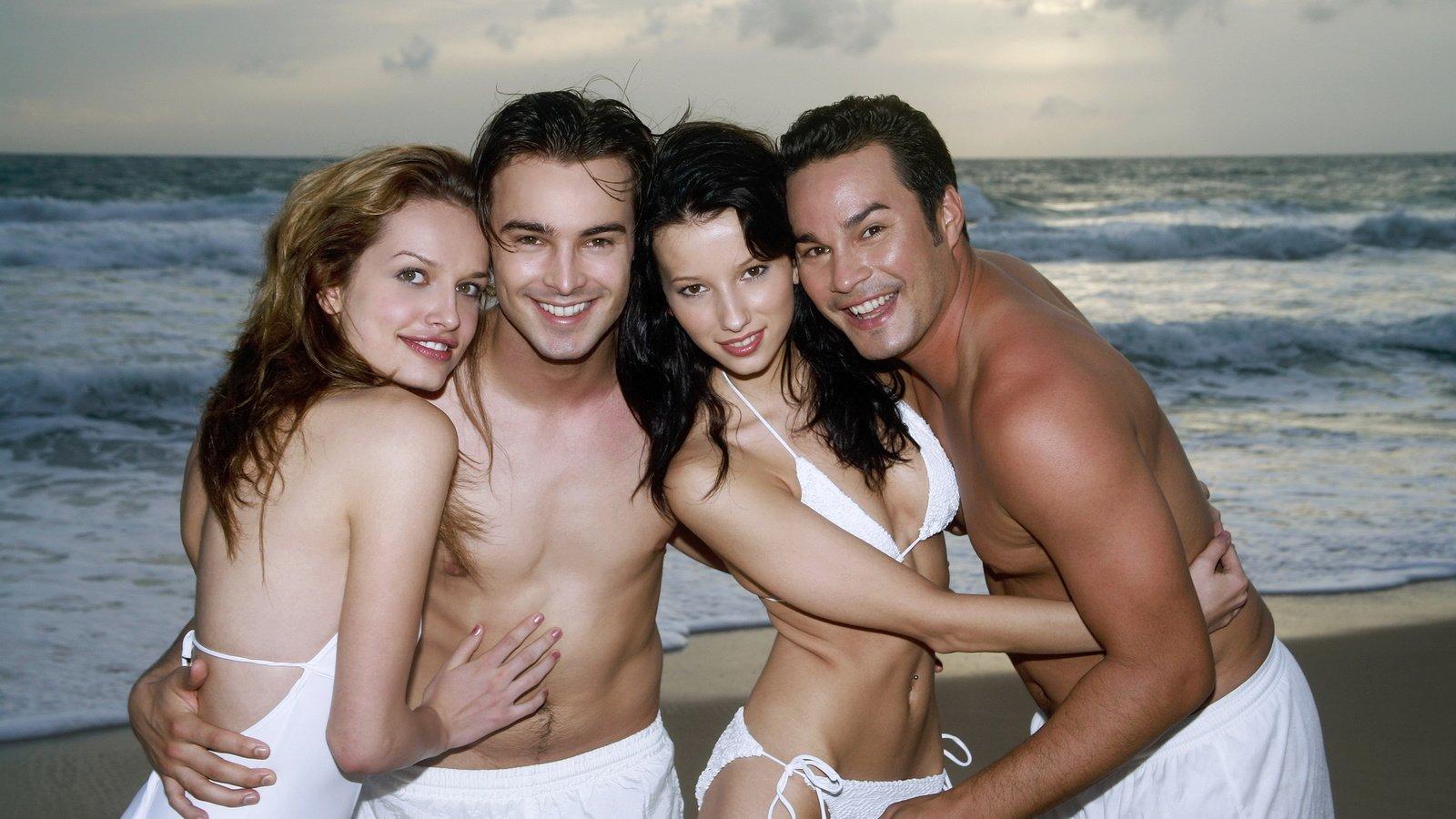 Трио два мужика, гиг порно втроем видео смотреть HD порно бесплатно 27 фотография