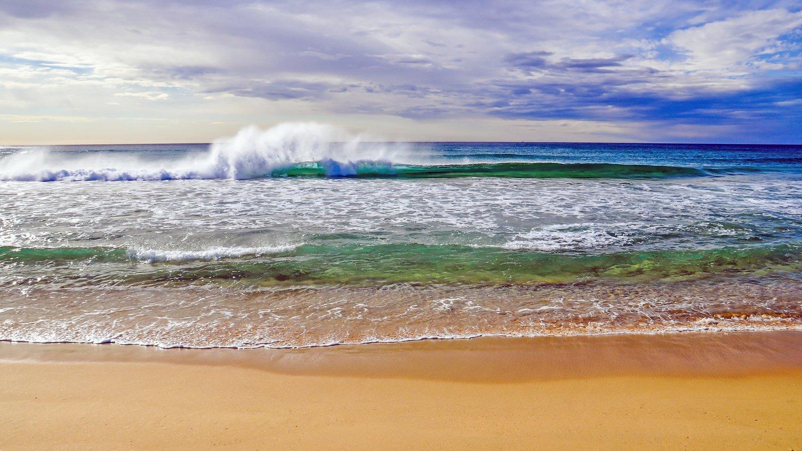 Фото с пляжа волна