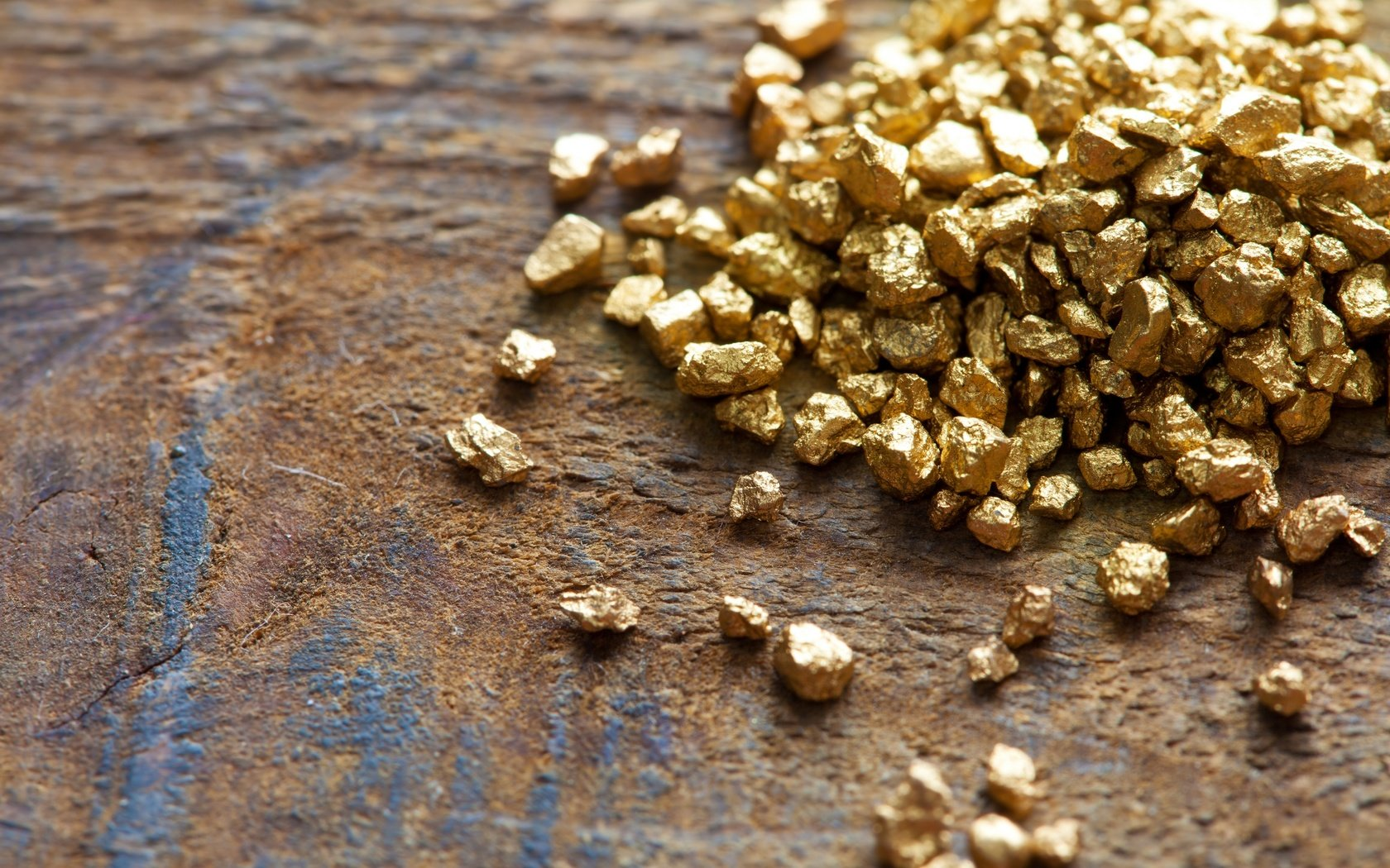 five force model for gold mining industry