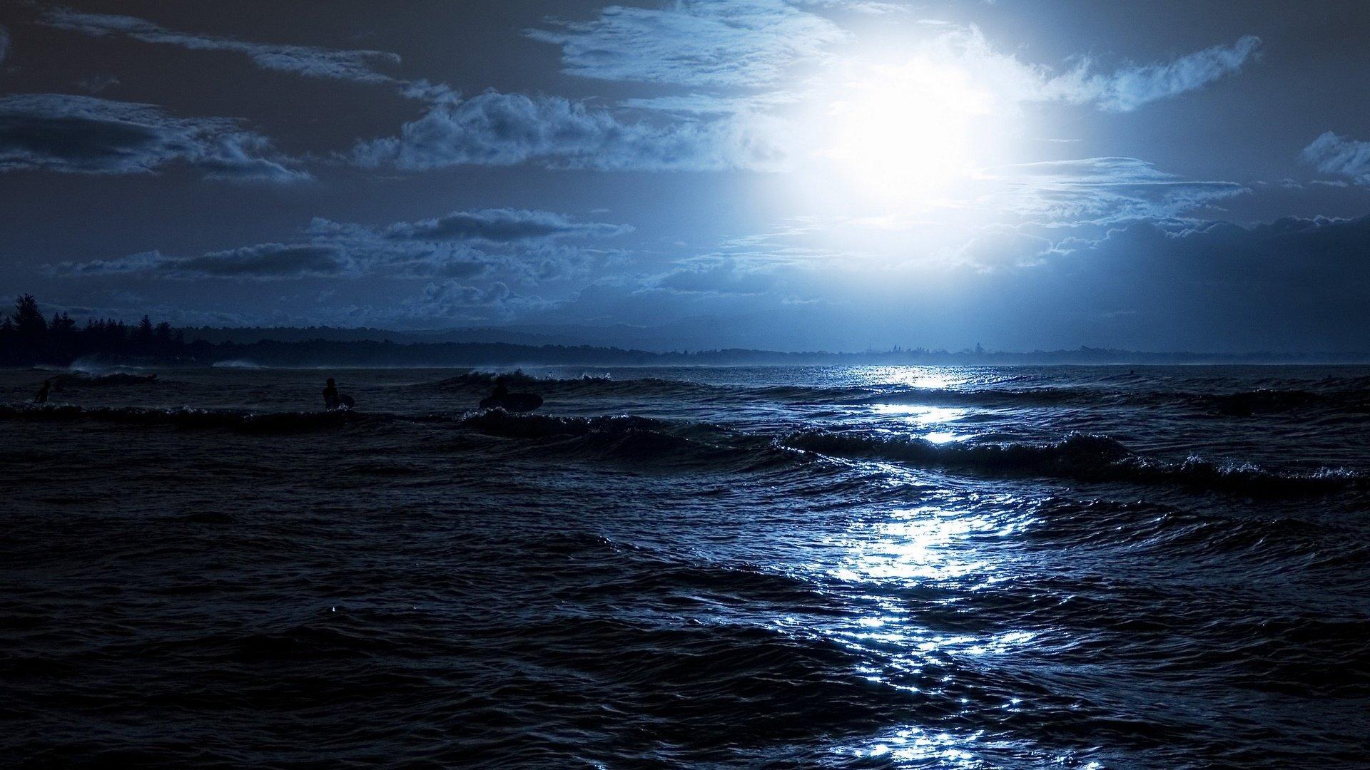 картинка море ночью черное