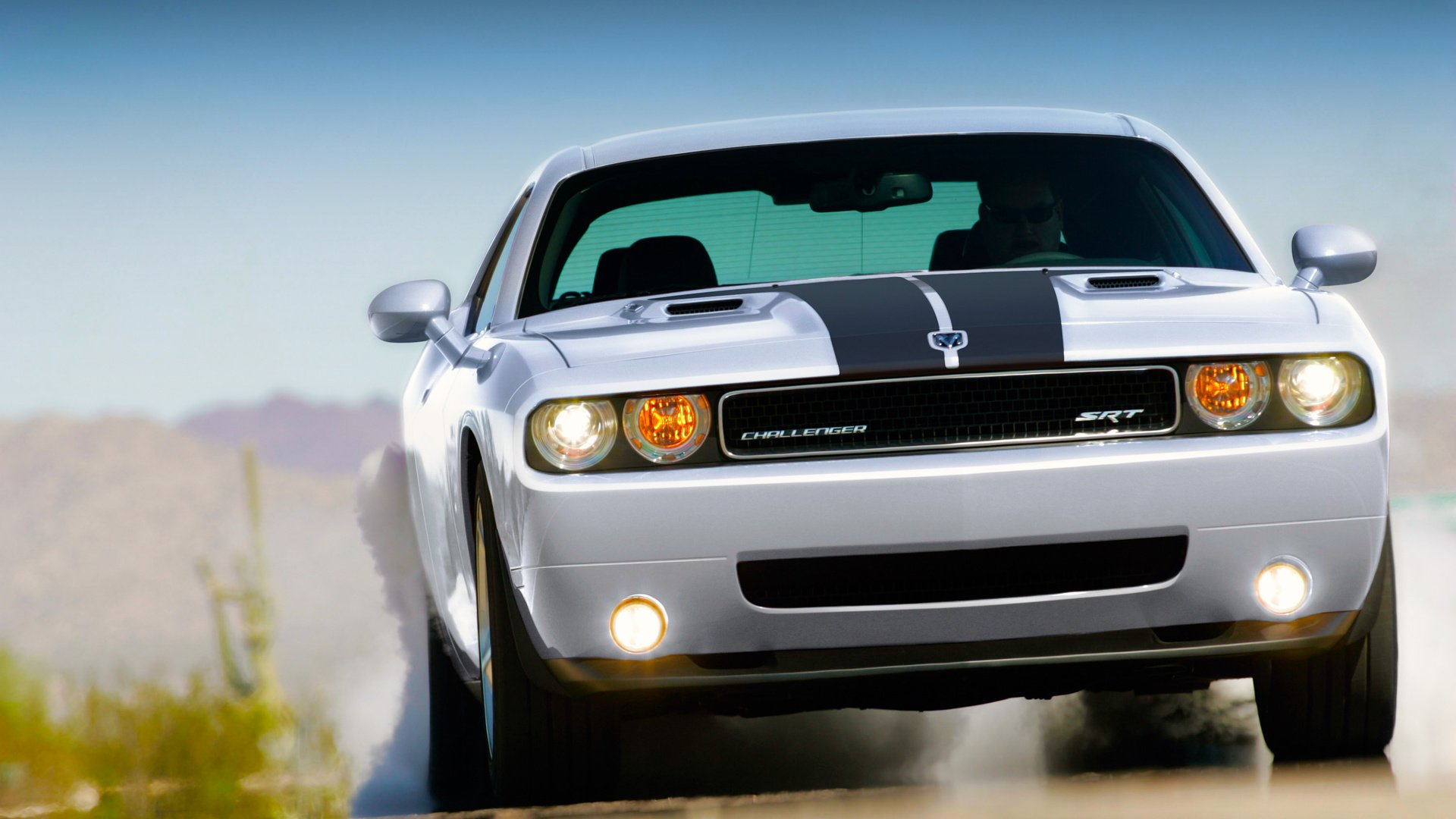 Dodge challenger SRT бесплатно