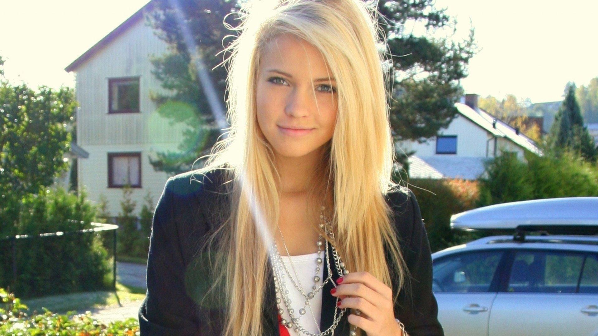 Фотки красивых девушек блондинок 18