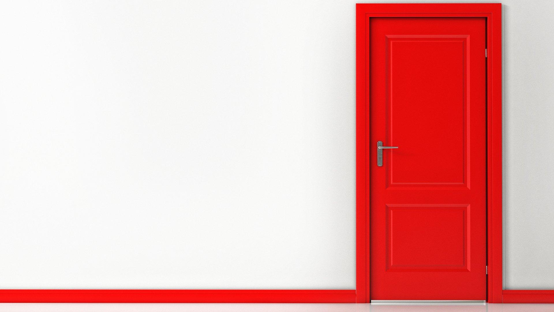 стальные двери красные ворота