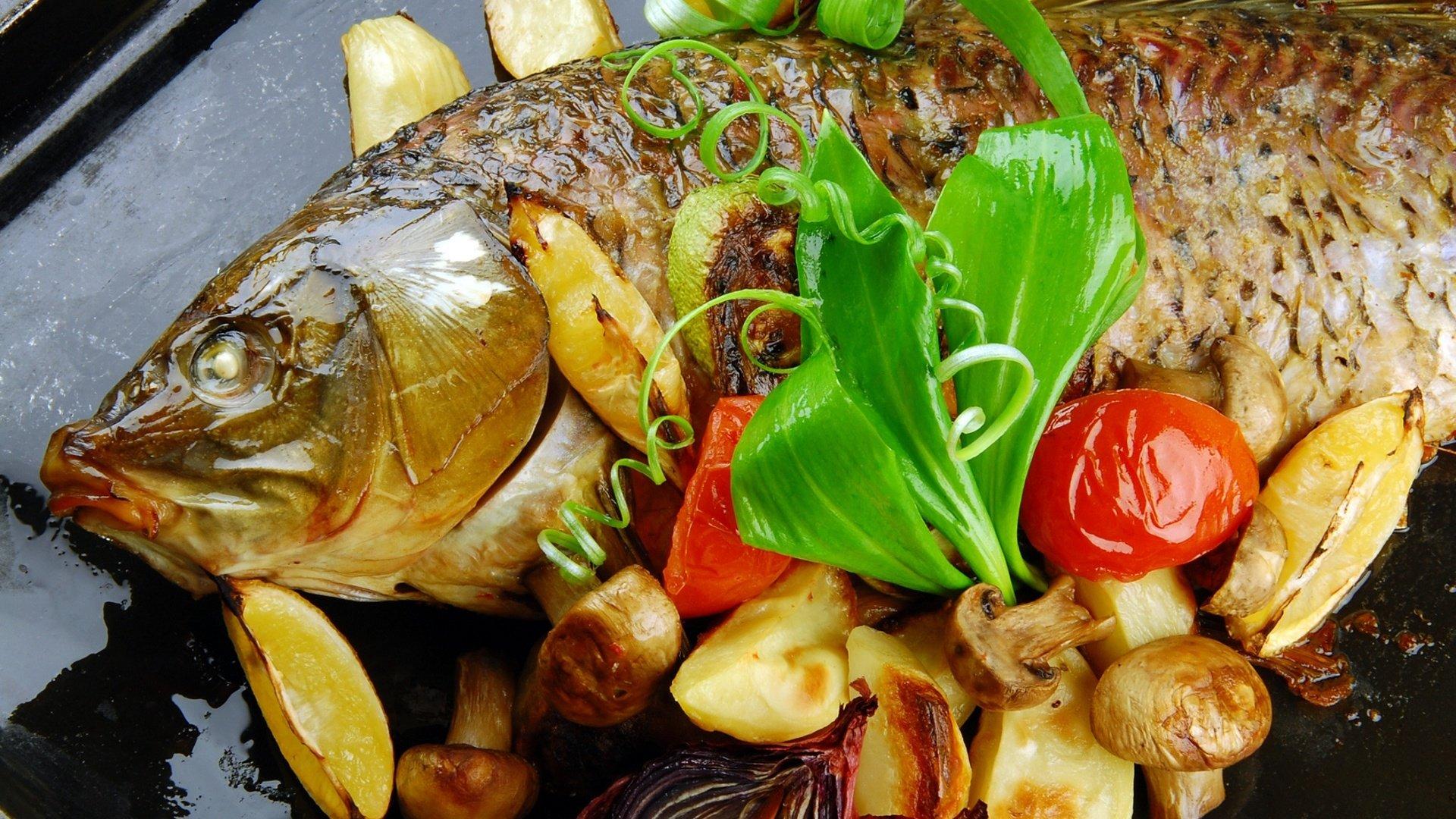 Запечённый карп с картошкой в духовке рецепт пошагово