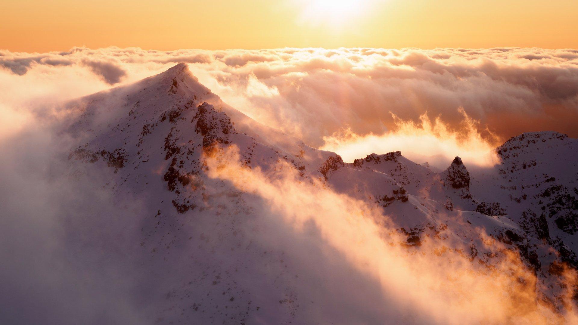 снежные горы небо солнце загрузить