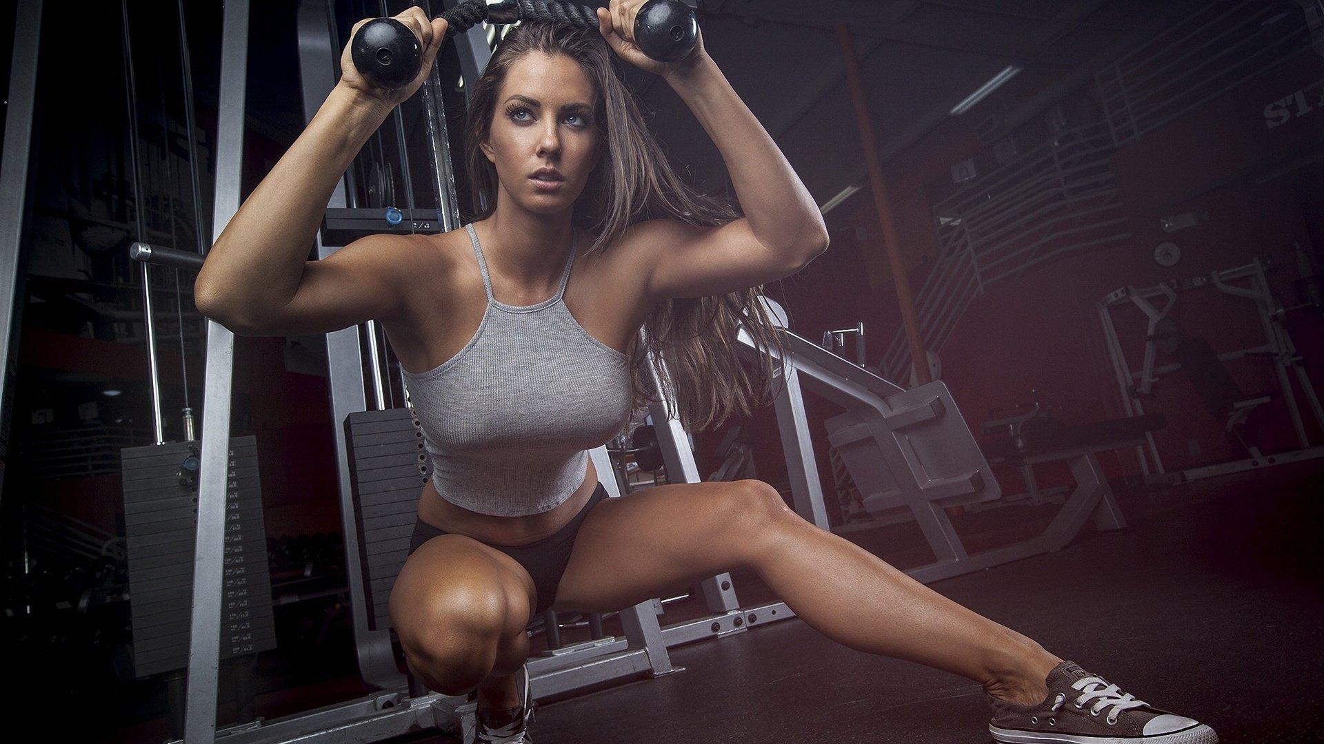 Фото девушек в фитнес зале, Спортивные девушки (37 фото) 22 фотография