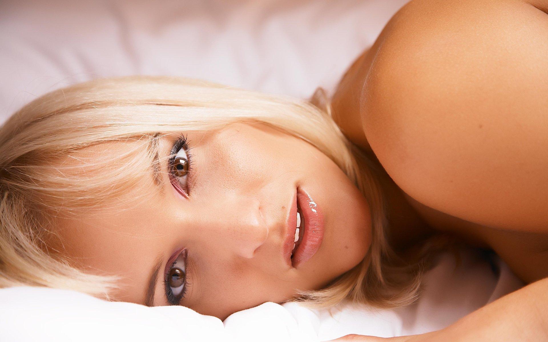 Секс с красивыми бландинками, Блондинки порно - пикантный Секс с Блондинкой на 19 фотография