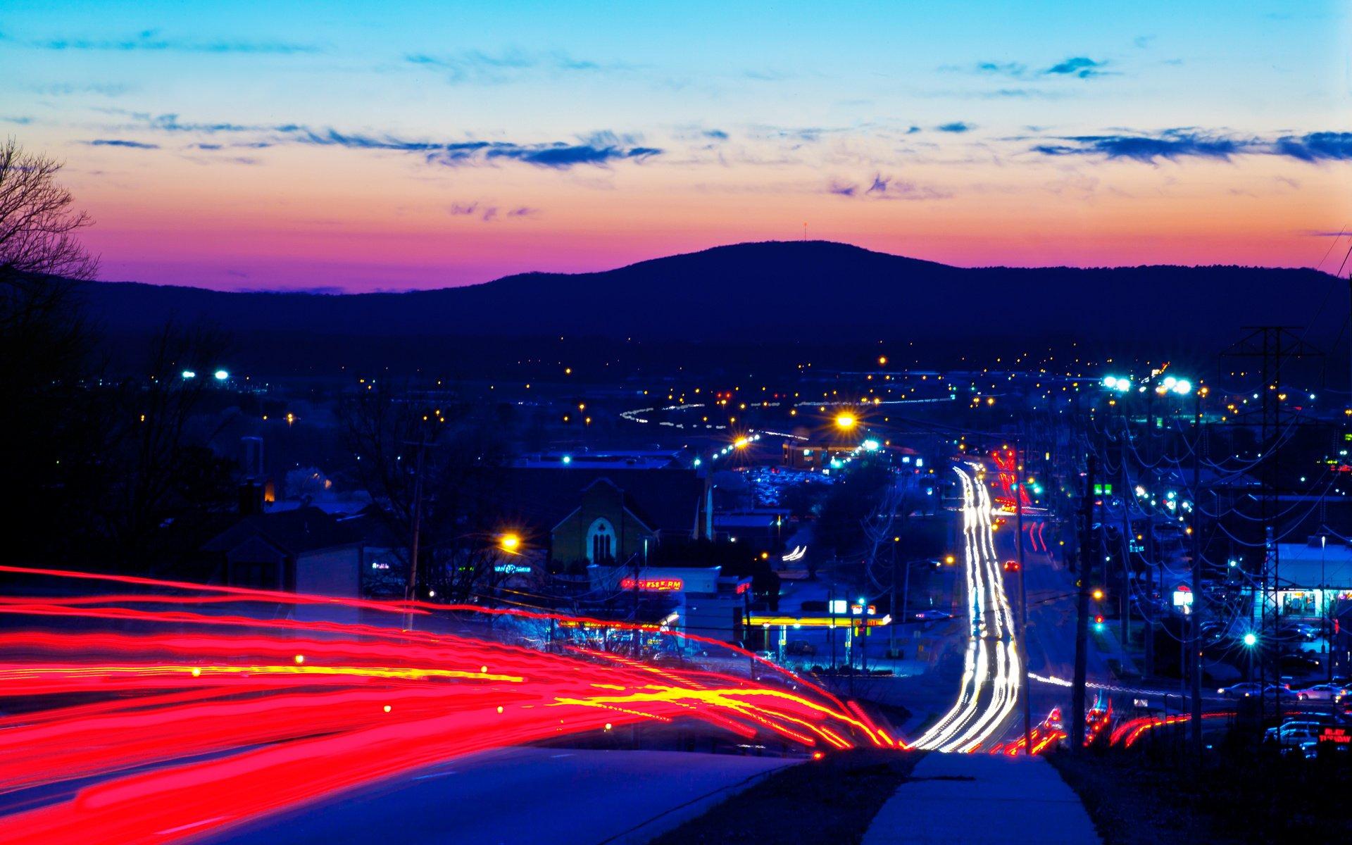 дорога развилка огни город вечер бесплатно
