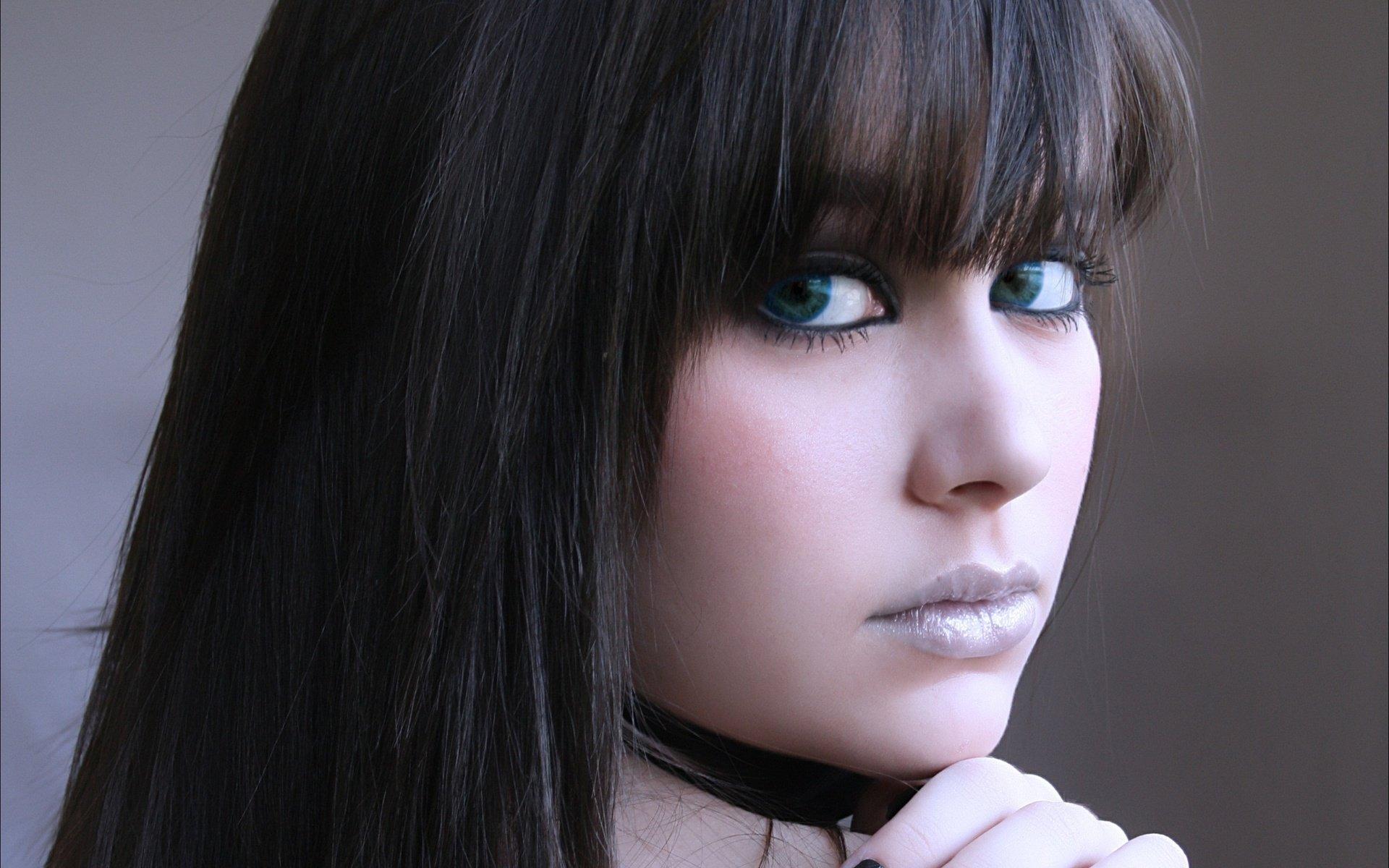 Фотки Красивых Девушек С Длинными Волосами С Зелеными Глазами
