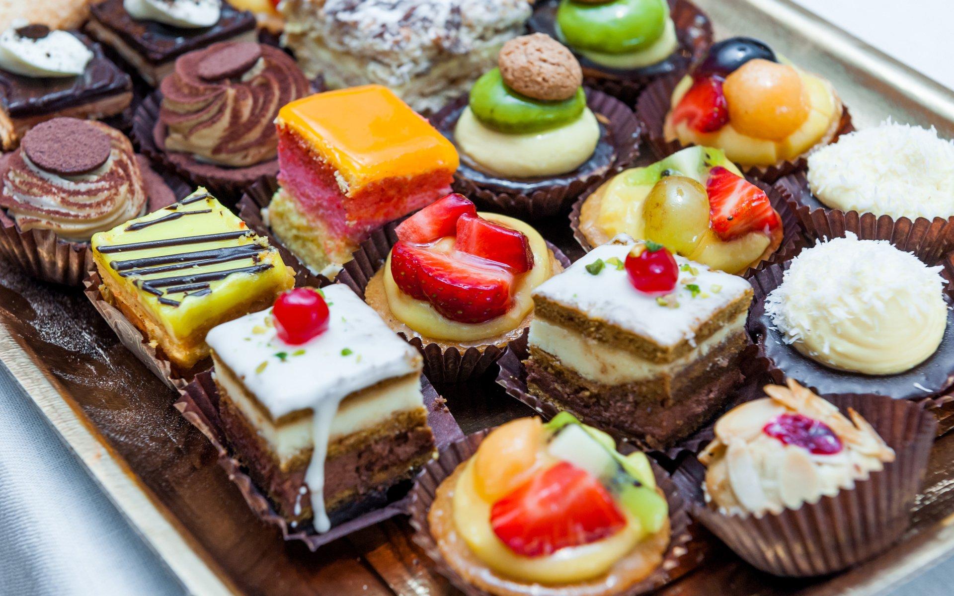 Десерты пирожные картинки
