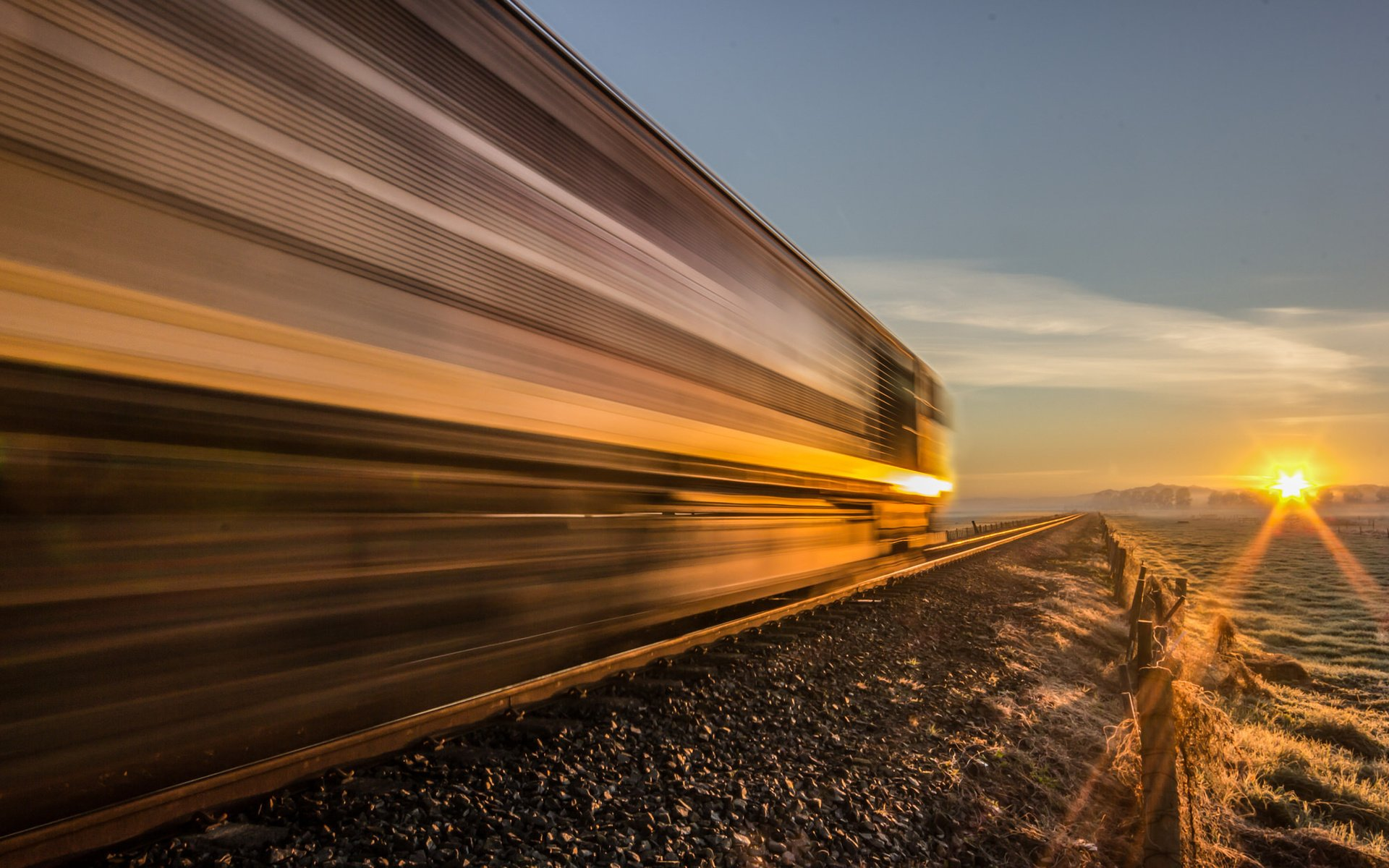видели картинки поезда жизни полном