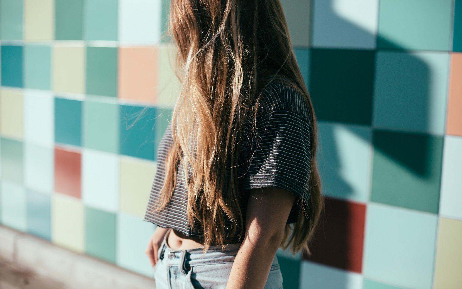 Русые девушки сзади, Фотки красивых девушек брюнеток сзади 20 фотография