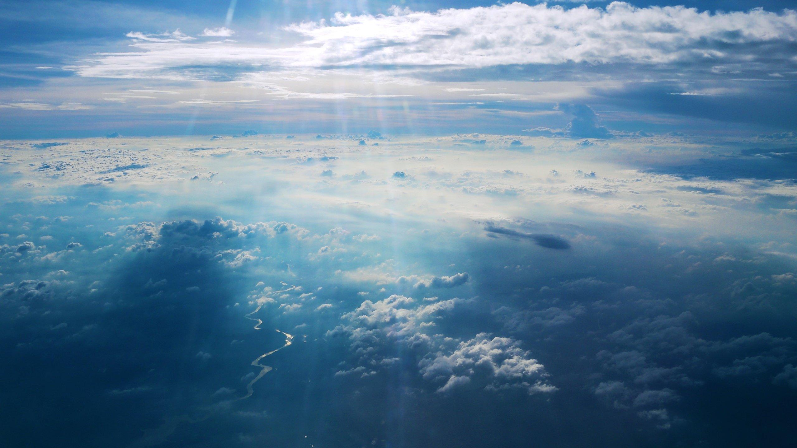 Облака обои на стол
