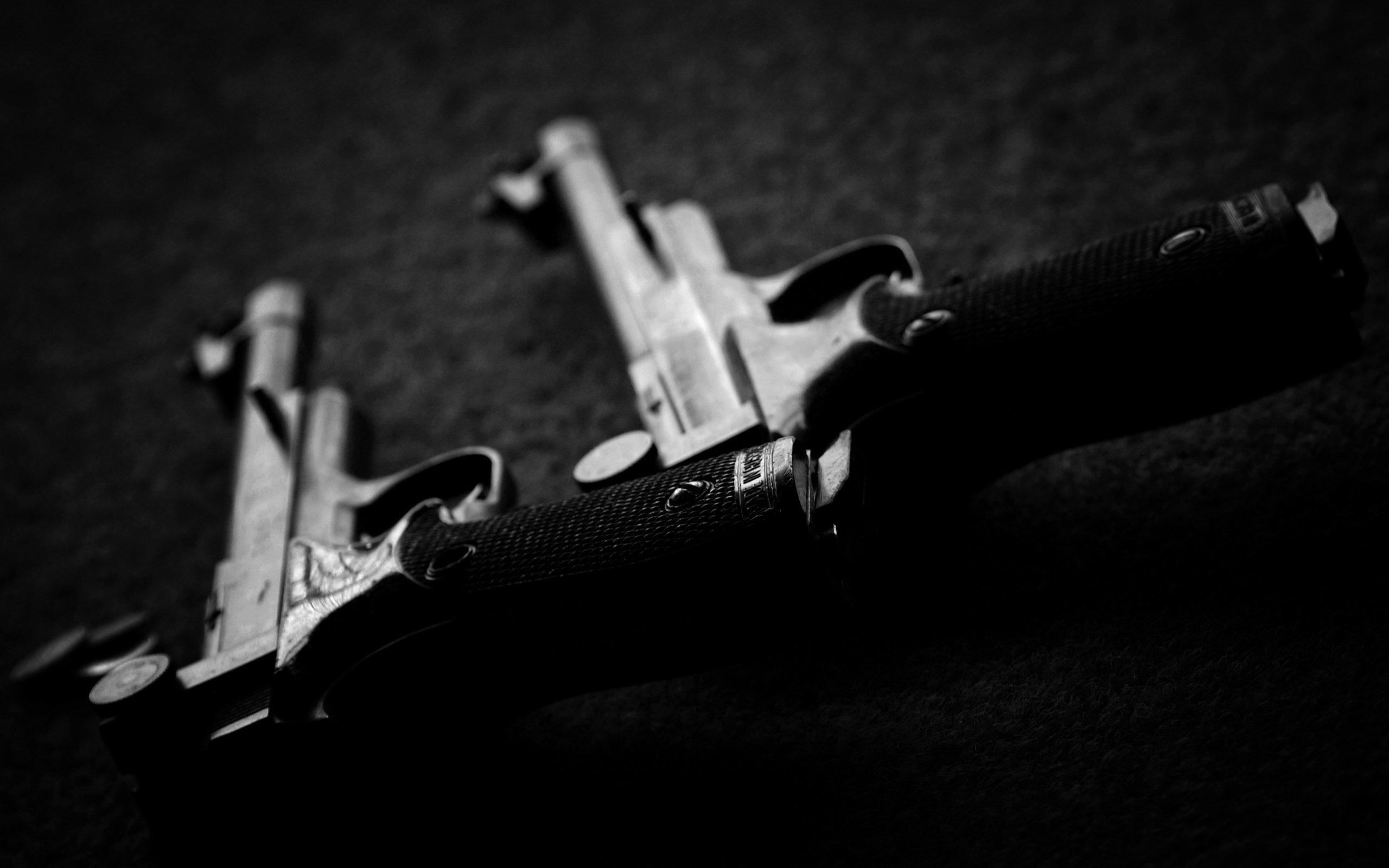 Автомат, нож и пистолет  № 3465062  скачать