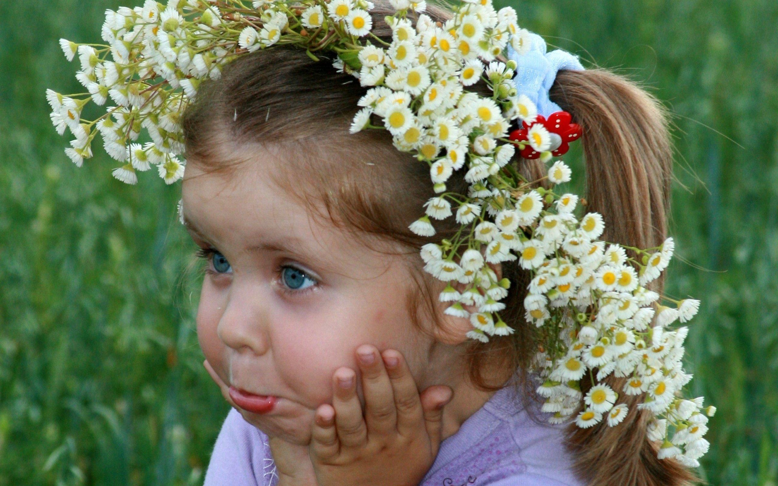 Смешные картинки детей с цветами, день студента татьянин