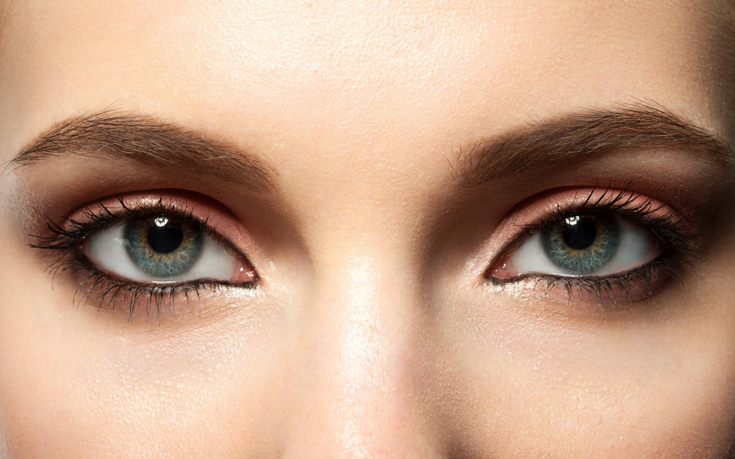 Картинки женские глаза крупным