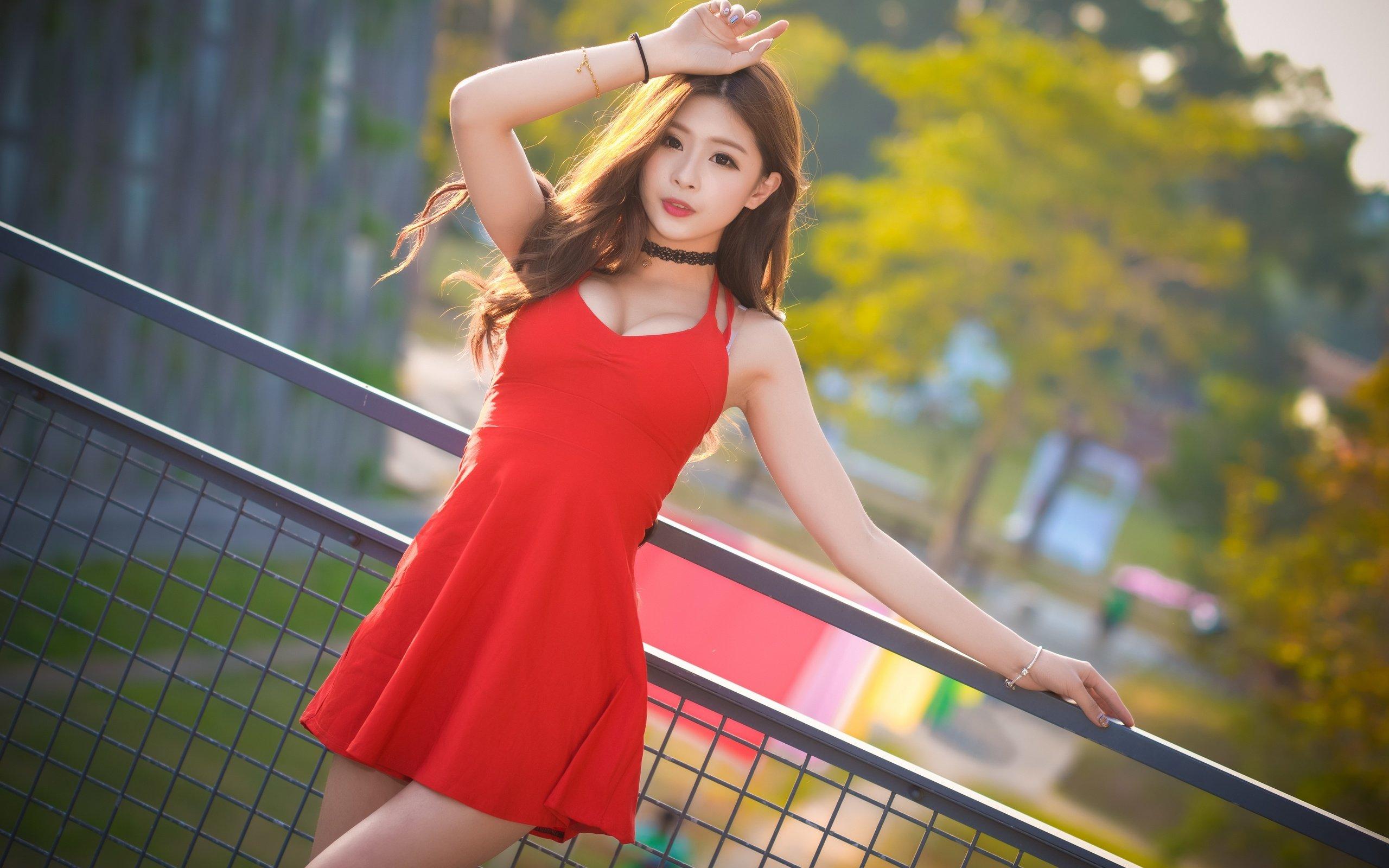 Красивые Азиатки В Платье
