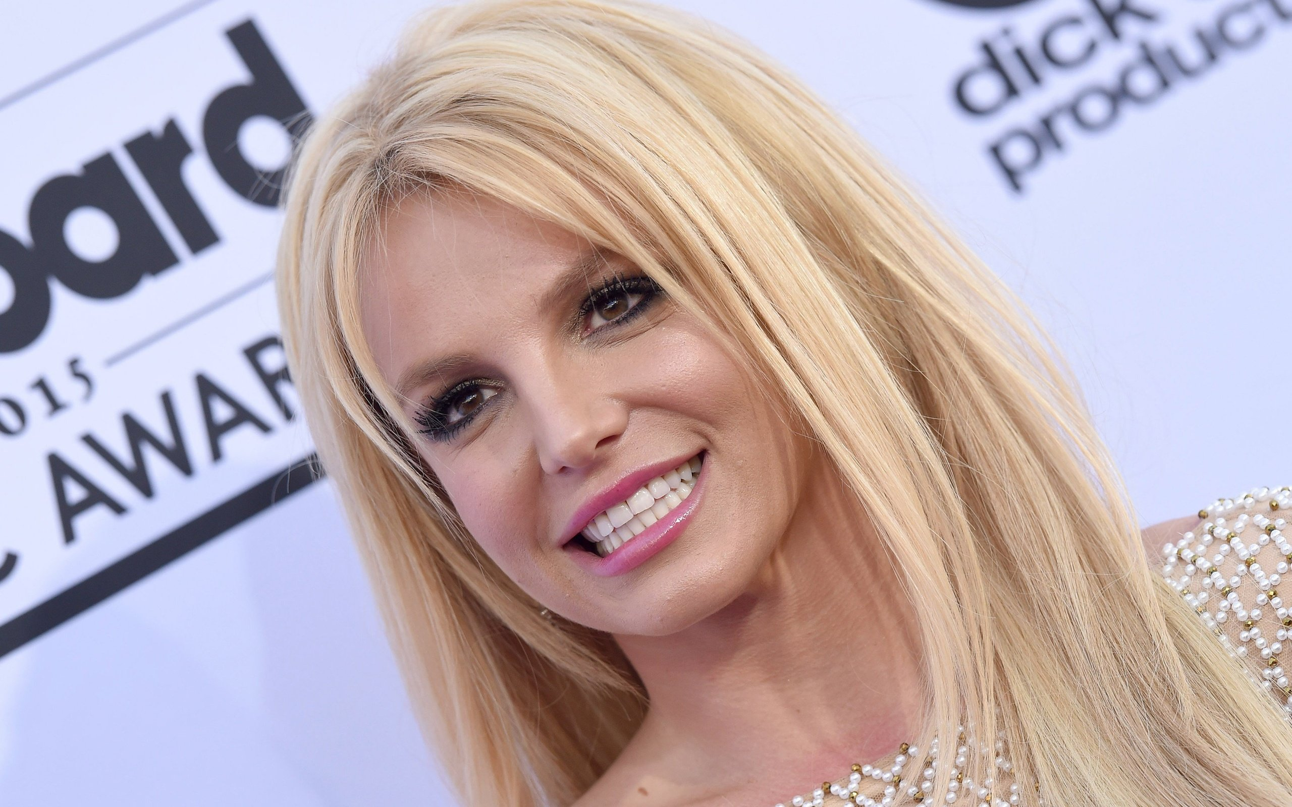 Britney spears cambio