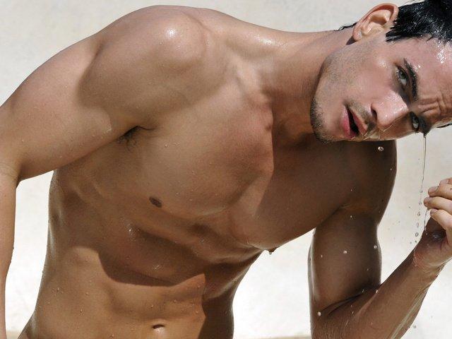 Фото мужиков гол