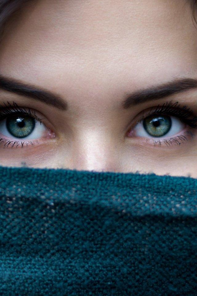 фото синих глаз без лица время