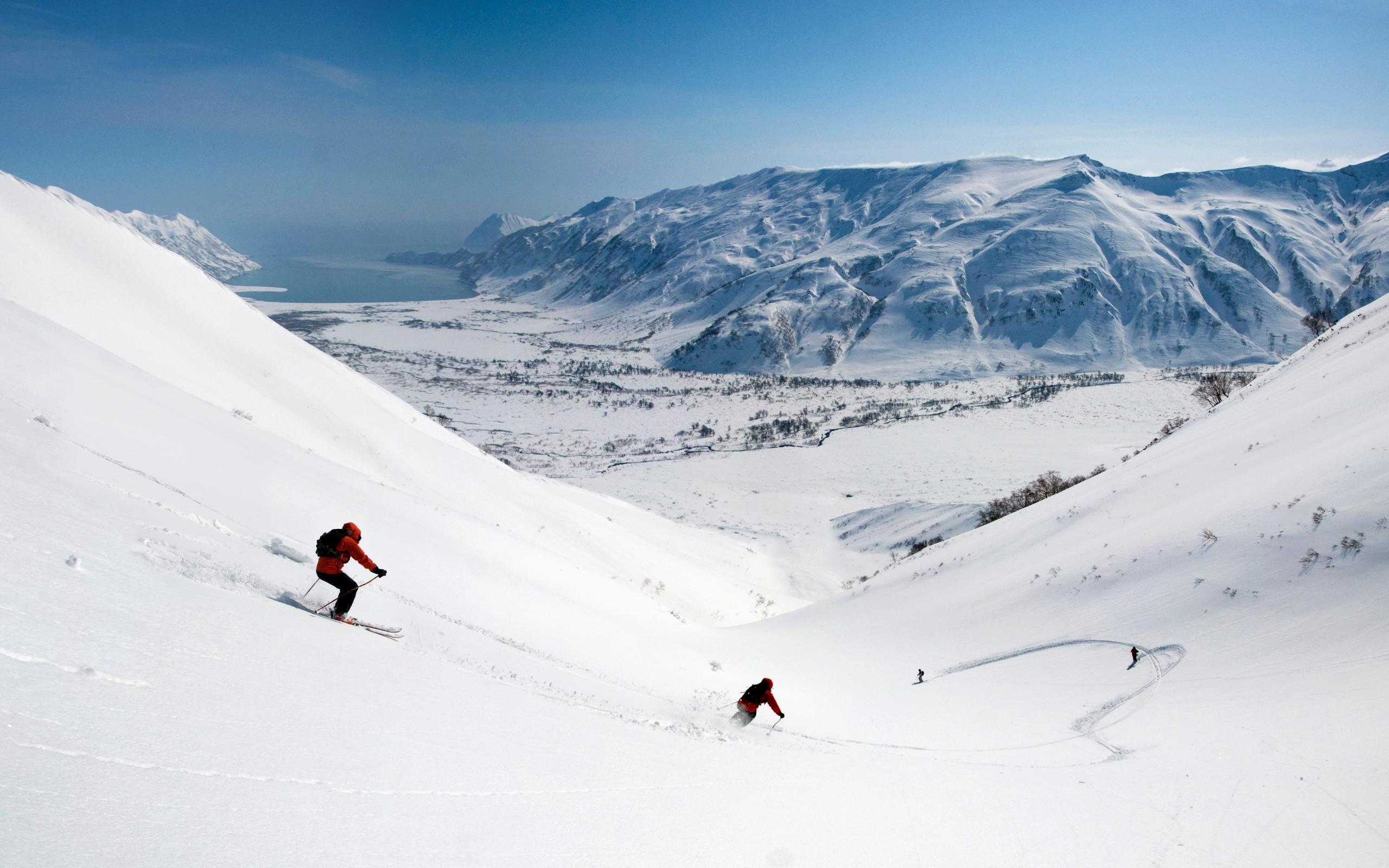 Снег на горных склонах загрузить