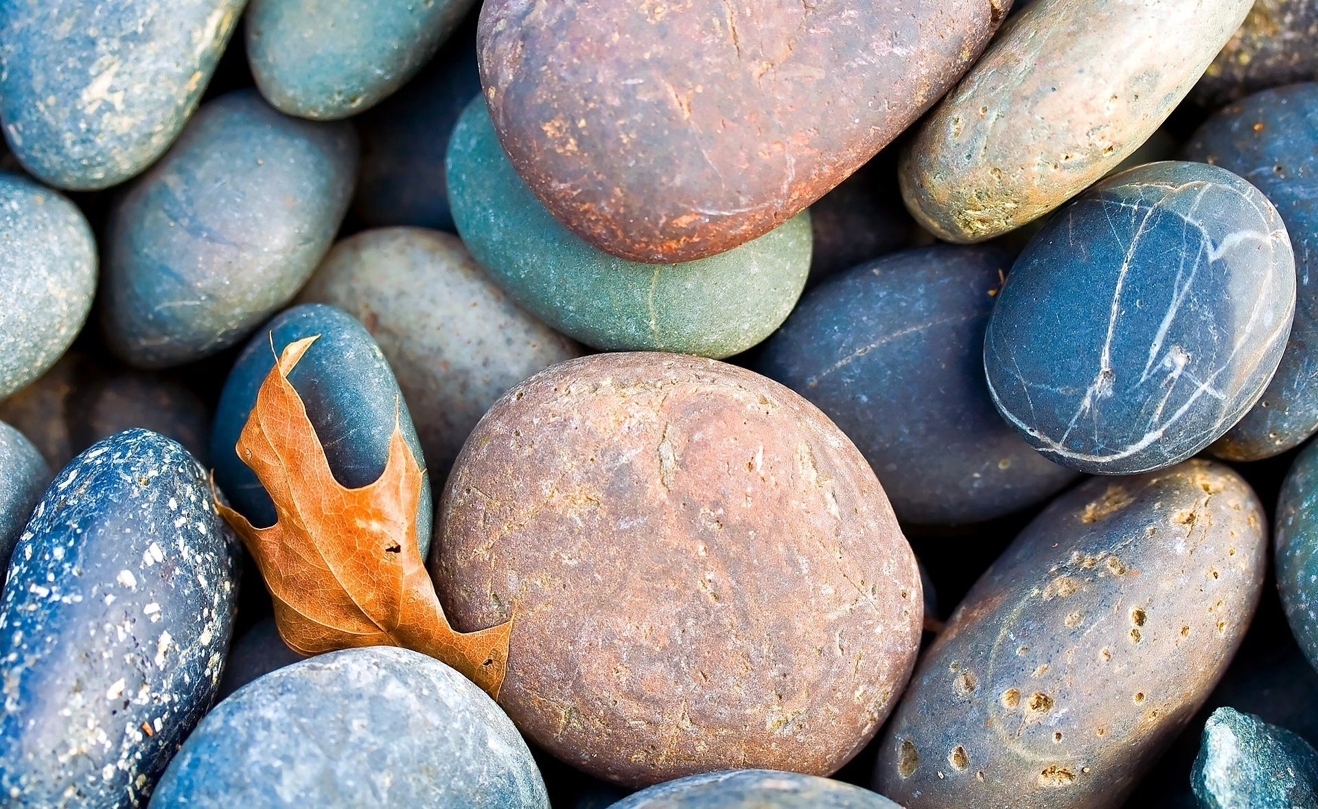 Гладкие камни  № 1383860 загрузить