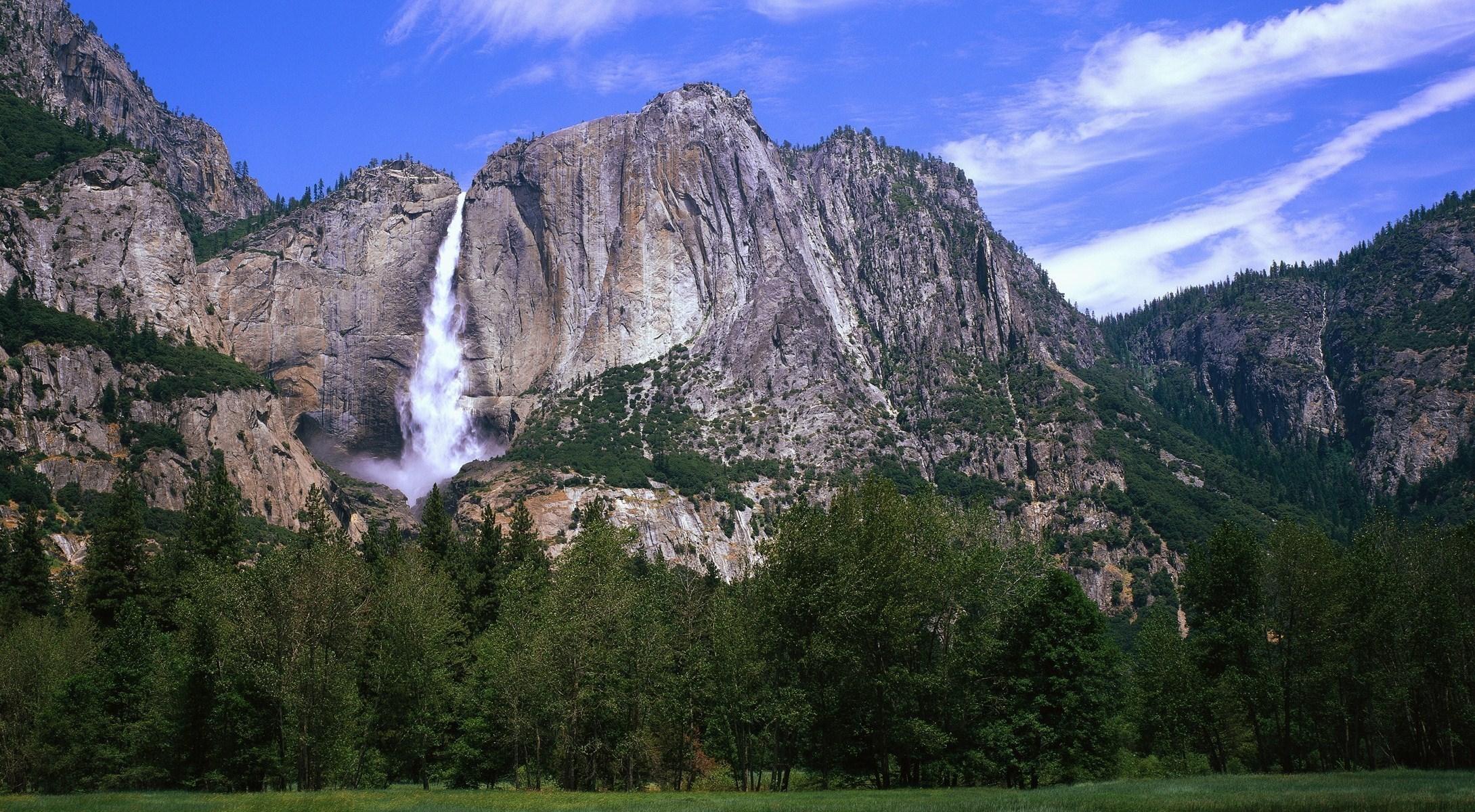 Водопад горы небо  № 5255 бесплатно