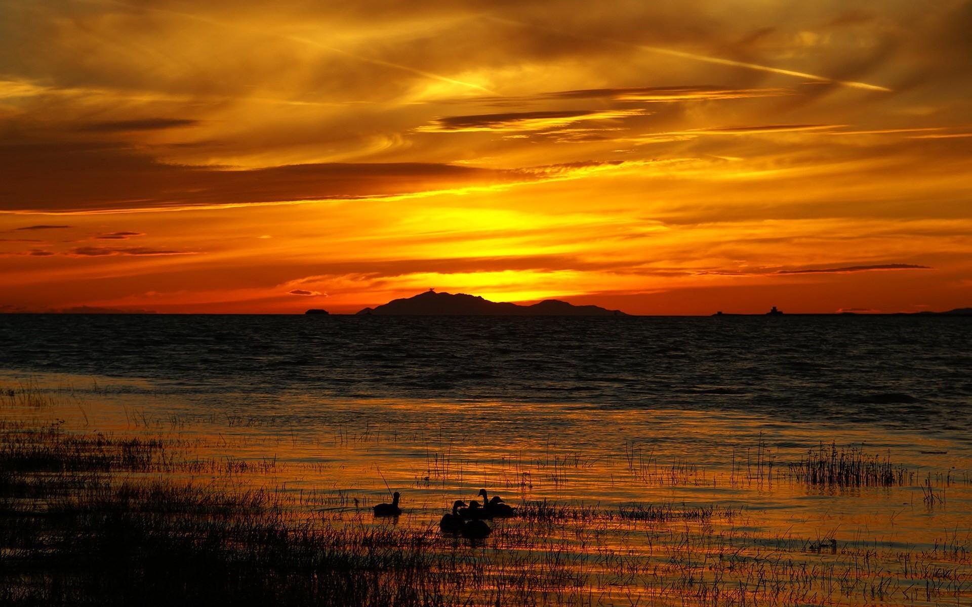 закат озеро загрузить