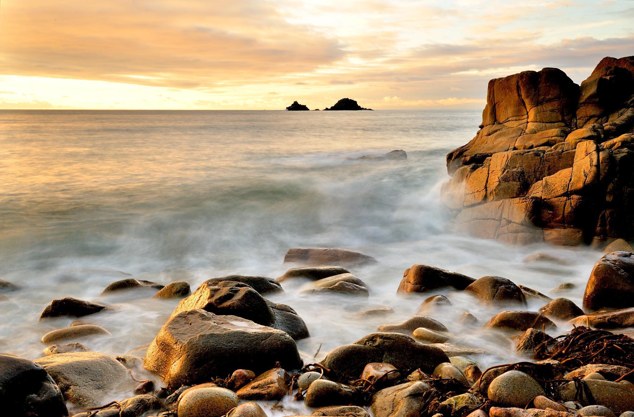 каменистый ландшафт прибой небо бесплатно