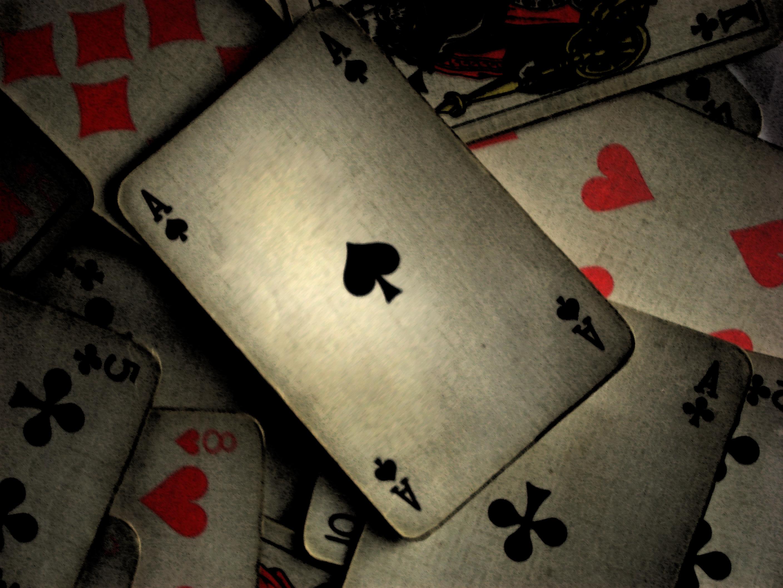 игры карты игральные азартные  № 1898160 без смс