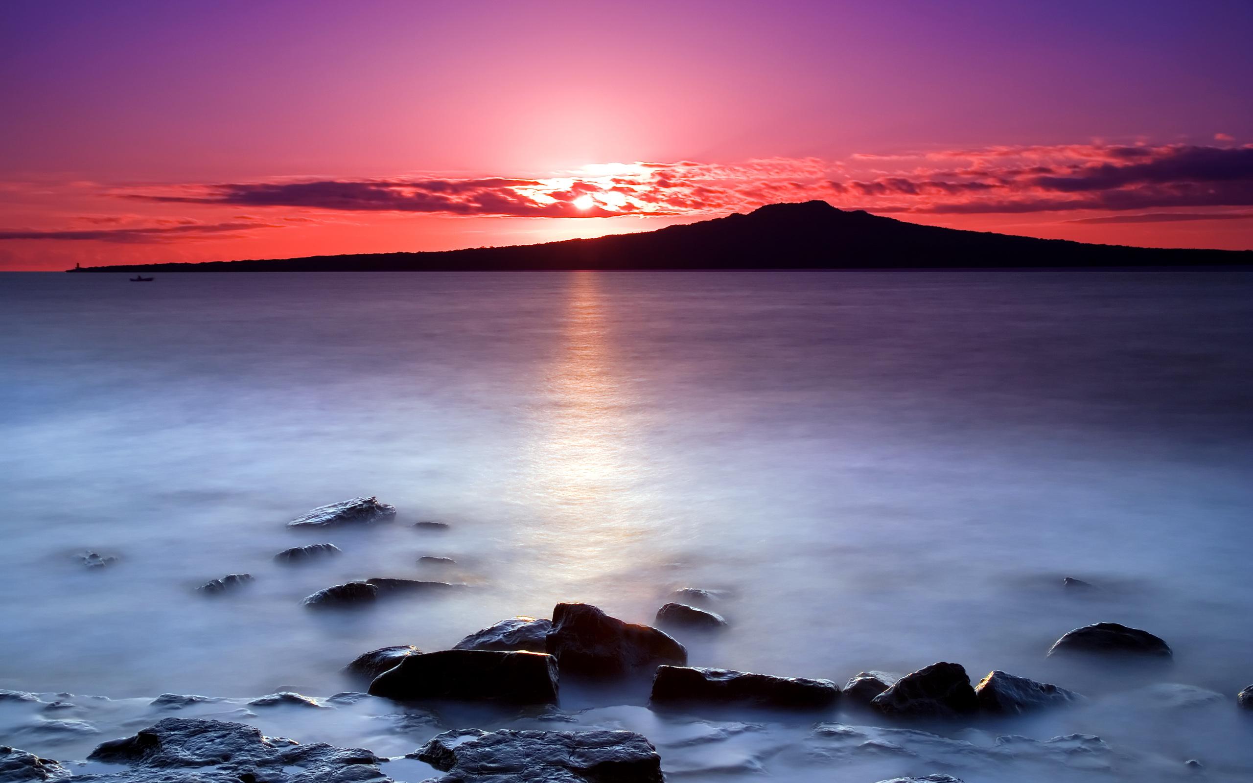 розовый закат, море, горы  № 3110097 без смс