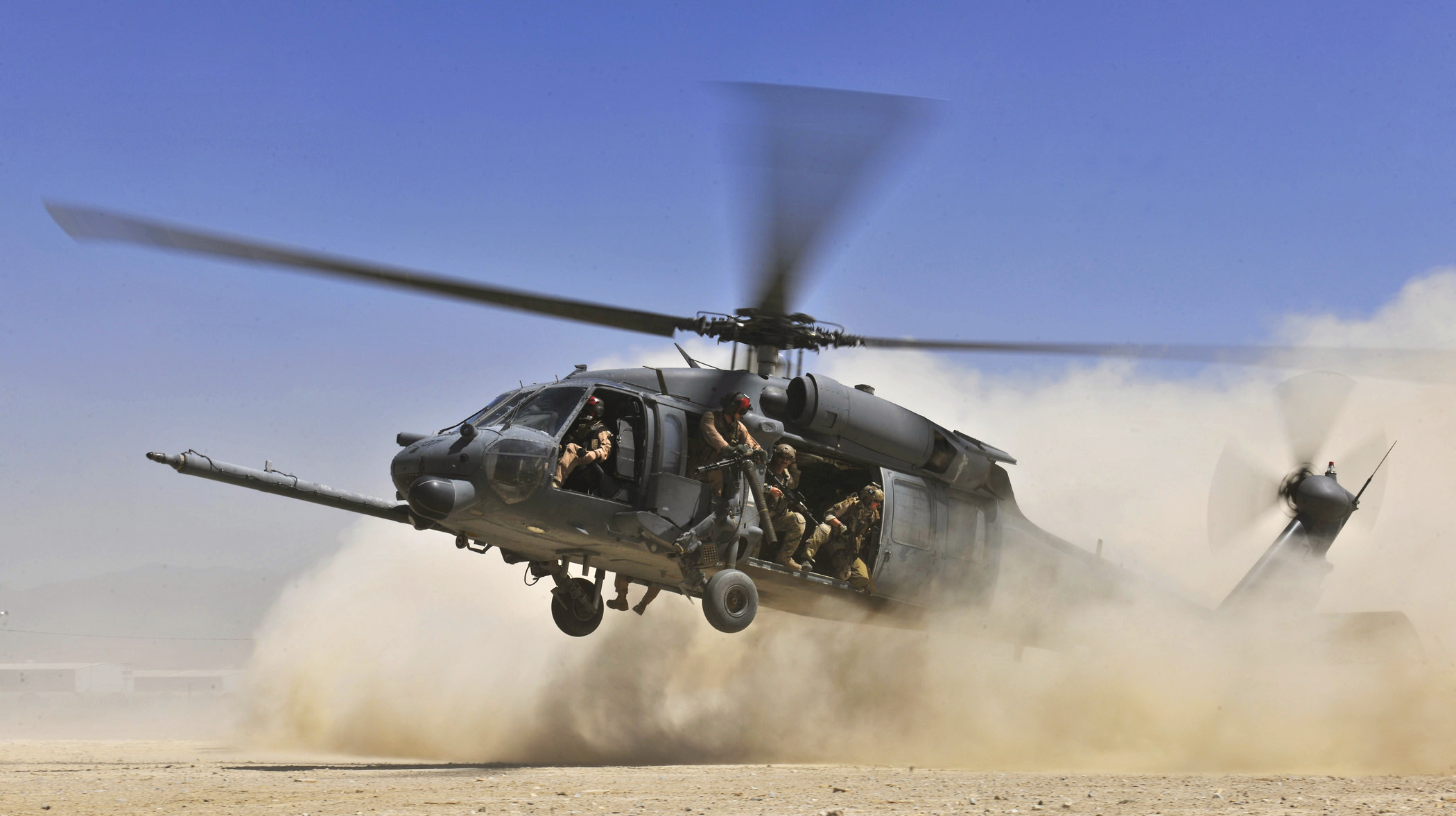 Black helicopter pictures, lesbain cum on other