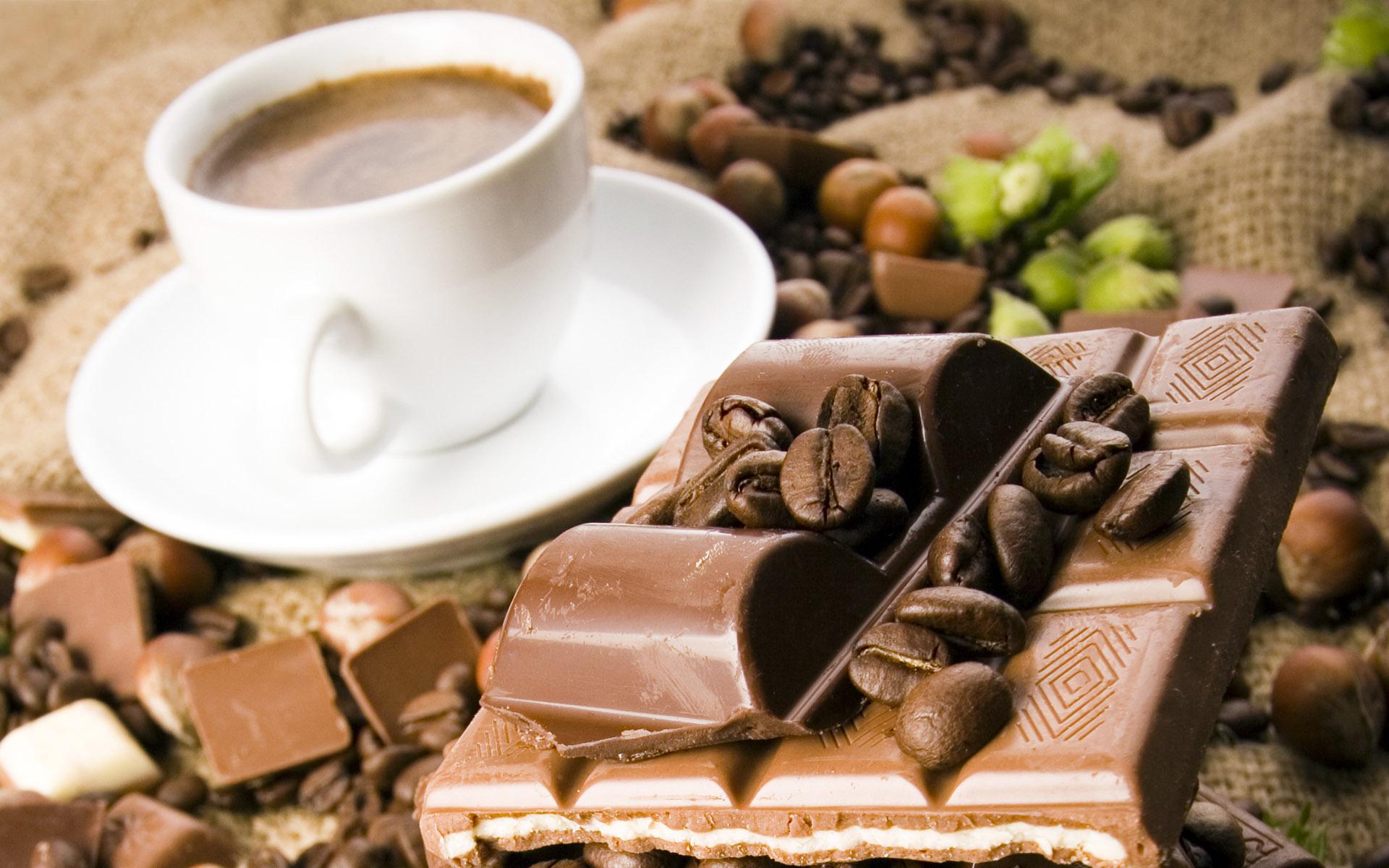 обои на рабочий стол чашка кофе и шоколад № 246783 загрузить