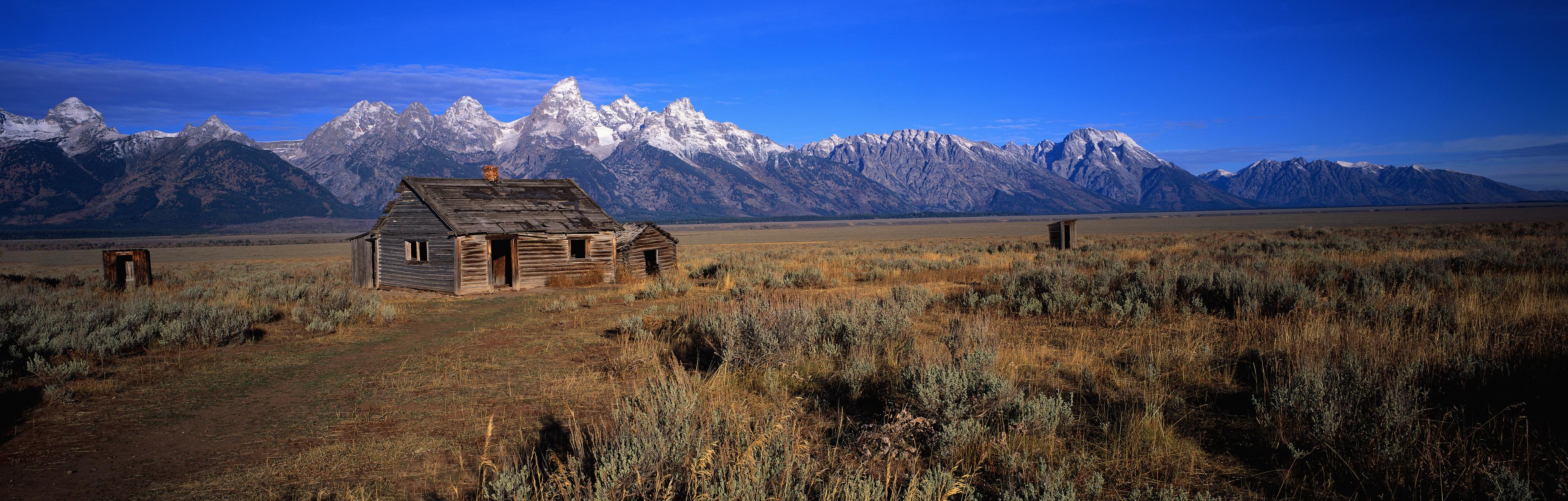 горы, дом, степь  № 1483457  скачать
