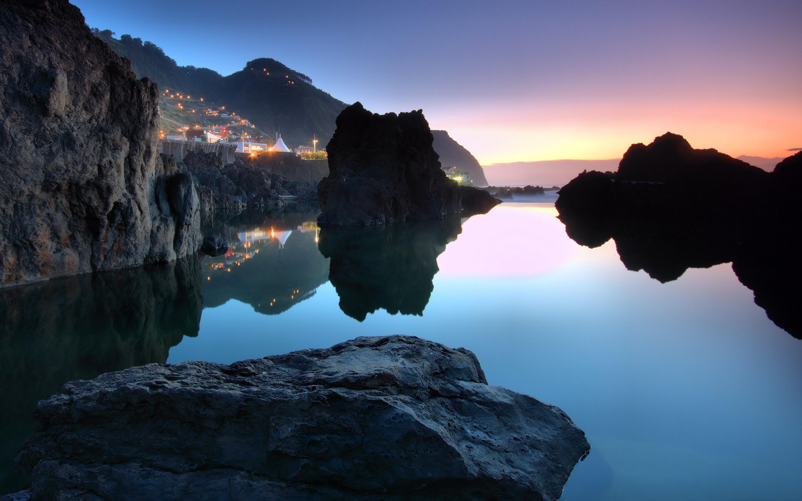 скалы закат небо озеро загрузить