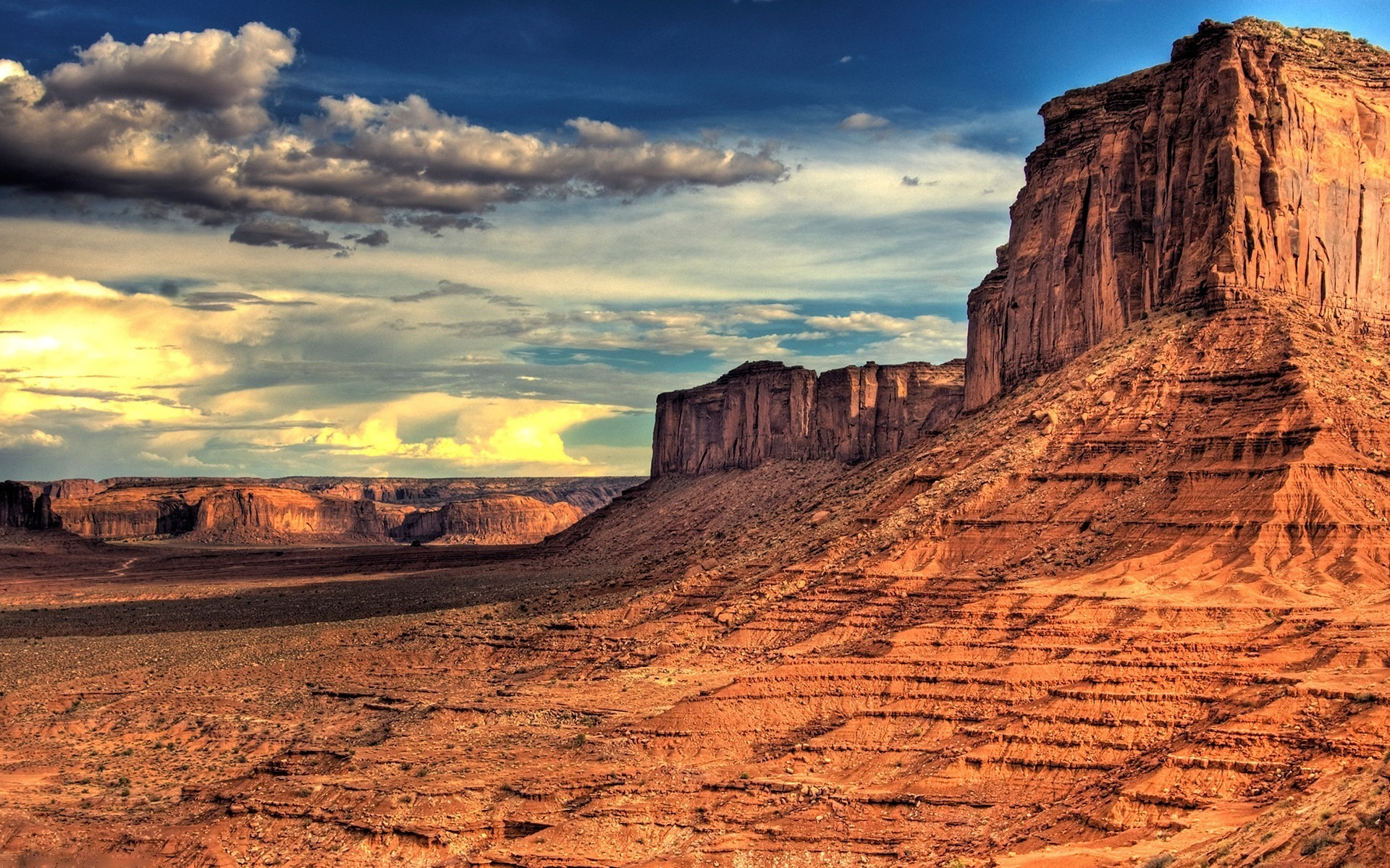 горы песок растительность небо  № 3771087  скачать